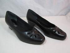 "Womens Mushrooms Black Pumps Shoes Size 6W  1 1/2"" Heels"