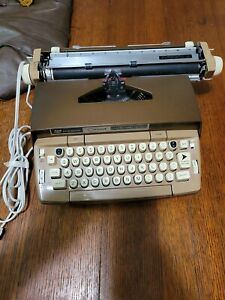 Smith Corona Typewriter Coronet Automatic 12 with Soft Case Vintage 1960s Brown