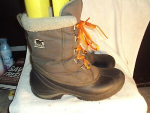 Women's Boots by Sorel Thinsulate - Worn Mildly - Sz 9 1/2