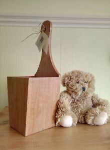Vintage / Retro Wooden Wall Mounted Plant Pot Holder