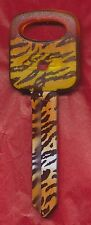 H-67 CAR KEY BLANK LEOPARD PRINT PLASTIC TOP