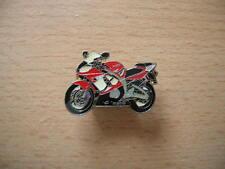 Pin Anstecker Yamaha YZF R6 rot Modell 2002 Motorrad 0859