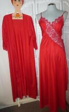 Sexy Lipstick Red Lady Cameo Peignoir Sweep Negligee Nightgown & Robe Set Medium