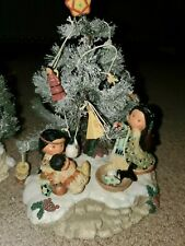 Friends of the feather Christmas Tree, Lot Snow Winter Holiday