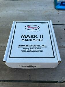 DWYER MARK II MODEL 25 MANOMETER includes A-612 Portable Stand
