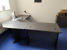 Büroeinrichtung, Schreibtisch, Aktenschrank, komplett, sehr guter Zustand