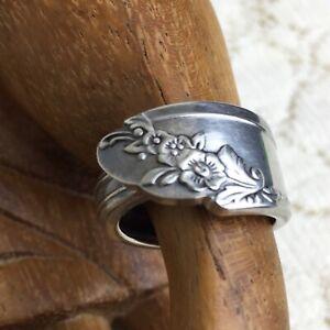 Vintage 70s Silver Spoon Ring 6 Oneida Community Queen Bess II Art Craft Hippie