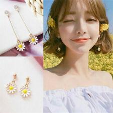 Fashion Korean Style Charm Daisy Flower Ear Stud Earrings Gift Simple Earring