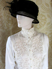 1980s Chic Vintage Creme Cotton & Lace Blouse SzS Victorian Style