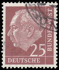 Scott # 711 - 1954 - ' Theodor Heuss '