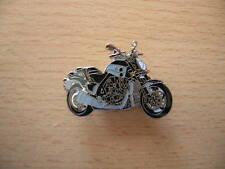 Pin Anstecker Yamaha V-max Vmax Modell 2009 Motorrad 1103 Motorbike Moto Badge