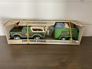 BRAND NEW NYLINT BRONCO CADET HORSE STABLES No. 1020- EXTREMELY RARE GREEN!!!!!