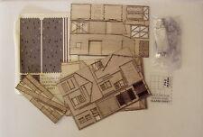 P&D Marsh N Gauge N Scale Watlington Goods Shed kit requires painting
