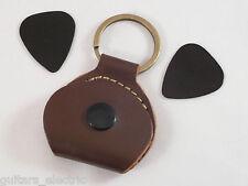 Plektrum Halter braune Leder Schlüsselanhänger + 2 schwarz 0.5 Tear Drop