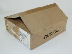 Brocade Ruckus ICX7150-C12P-2X1G 12-Port Ethernet POE Switch