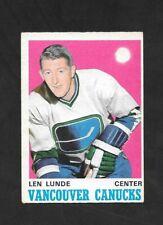 1970-71  OPC HOCKEY , # 230 , LEN LUNDE , VANCOUVER CANUCKS