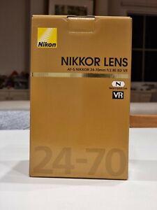 Nikkor lens AF-S Nikkor 24-70mm f/2.8 ED VR