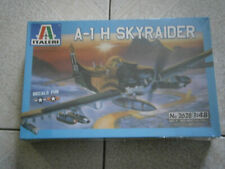MAQUETTE AVION DOUGLAS A-1 H SKYRAIDER  ITALERI N°2628 1/48