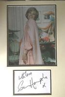 SUSAN HAMPSHIRE - LEGENDARY ACTRESS - STUNNING SIGNED COLOUR PHOTO DISPLAY