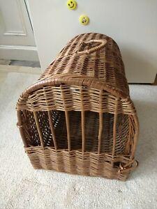 Vintage Wicker Pet Carrier/Basket