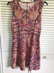 Title Nine Women's Dream Dress Bright Geometric SZ M Very Nice Condition