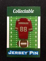 Kansas City Chiefs Tony Gonzalez lapel pin-Collectible-4 caps/shirt/jerseys