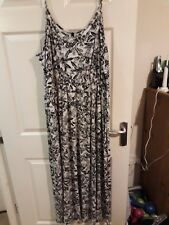 Evans floral stretchy maxi dress Size 30/32