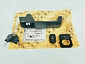 GENUINE JCB DOOR HANDLE WITH 2 KEYS (PART NO. 123/04067 701/45501 333/Y1375)