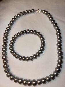 HONORA Freshwater Cultured Silver Pearl Necklace & Stretch Bracelet Set.