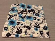 Madison Crop Capri Floral Size 10 Pockets Blue Green Black White L06