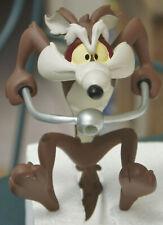 Vil Coyote en moto Wile E. Coyote Biker Statue résine Démons & Merveilles