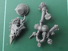 Dwarf Warrior Horn with Arm