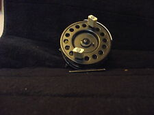 VINTAGE/RARE/old K.P. morritts Nouveau Populaire fly fishing reel MADE in ENGLAND