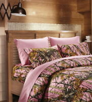 6 pc King size Sheets and Pillowcases only Pink Camo (No comforter)