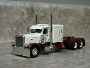 DCP 1/64 Garnet Red Cream Maroon Flattop Peterbilt 389 Semi Truck Farm Toy
