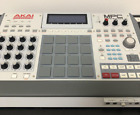 AKAI Professional MPC Renaissance Samplers Sequencers Tested From Japan