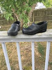 Dansko Black Oiled Leather Professional Clogs Euro 41
