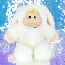 KUDDLE LOVE KIDS BABY BUNNY DOLL Blonde Yarn Hair Blue Bow 1997 Vintage BF776