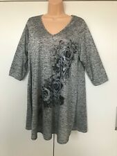 Women's yours clothing plus size grey floral rose print tunic top  size 16.  NEW