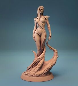 Dryad Pinup Fantasy Miniature DnD Tabletop Game Warhammer Role Playing RPG