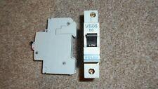 LIVRAISON GRATUITE Nouveau VOLEX VB32 Disjoncteur 32 A Type B-VB32