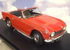 CULT MODELS 1/18 1967- 1968 TRIUMPH TR5  P.I. PI IN RED RHD UK REG CML069-1