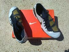 Nike 385438-147