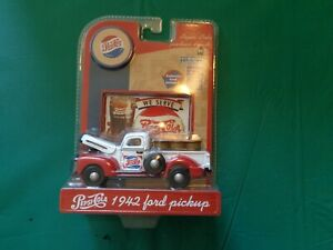 Gearbox Pepsi Cola 1942 Ford Pick-up #56962 1:43 Scale Die Cast New in Package
