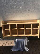 Kindergarderobe, Kindergartengaderobe, Gaderobenablage, Holz,Kindergarten Gelb