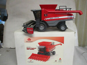 Massey Ferguson Model 9895 Toy Combine with 8200 Grain Head, 1/24 Scale With Box