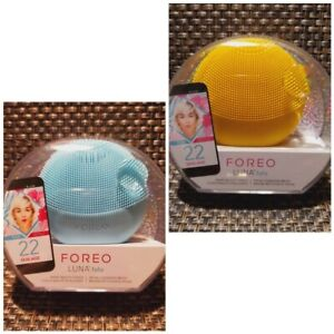 FOREO Luna Fofo Smart Facial Silicone Cleansing Brush in Sunflower Yellow & Mint
