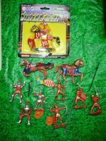 MEDIEVAL FIGURES PLASTIC ,FUN LOT DEAL !!