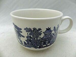 Churchill of England - Blue Willow - 1 large Coffee Mug - EUC