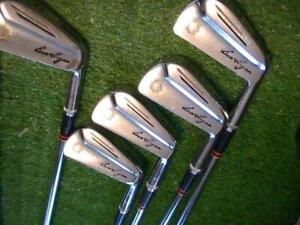 Vintage Ben Hogan Saber 1950s irons Original leather grips 2-9 + Rare Sand Wedge